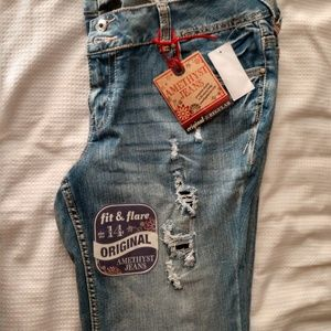 Amethyst women's jeans.